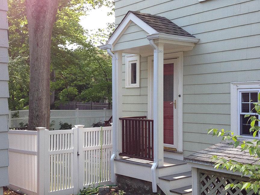 Chestnut Hill, MA 02467 - Porch